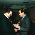 Entrega de la Medalla de Oro de Caixa Galicia, por José Luis Méndez. 27 de noviembre de 1993.