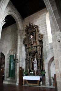 Altar de San Pedro de la iglesia de Santa María, donde actualmente se encuentra la imagen de San Sebastián. Foto César.