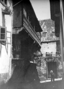 Actual calle Cervantes, antigua calle de la Barra. Foto de Martínez Santiso, principios del s. XX.