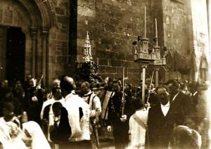 Procesión del Corpus Christi. Foto de Antonio Núñez, años 20 del siglo pasado.