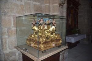 Peana que se conserva en la iglesia de Santiago