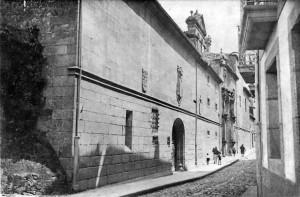 El convento de las Madres Agustinas en el primer tercio del siglo XX. Foto Martínez Santiso. Archivo del autor.